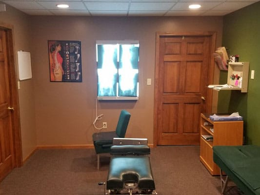 Chiropractic Palmyra MO Adjusting Room